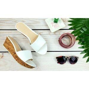 Nine West Confetty slide sandals white 8.5